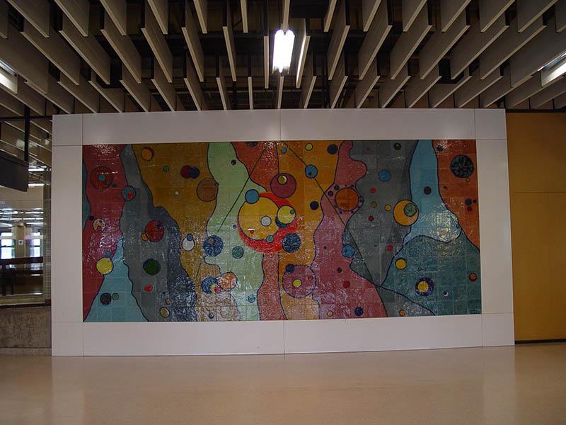 Painel Atomos cambiantes-Aeroporto de Guarulhos